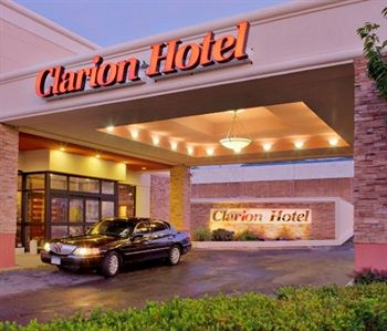 Clarion Hotel New York Laguardia