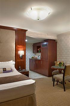 Viana Hotel And Spa 224 Westbury Ny Prix H 244 Tel Amp Photos