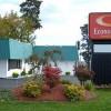 Econo Lodge Inn And Suites Econo Lodge New York